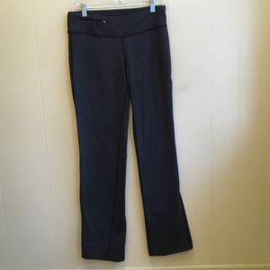 OISELLE LEGGINGS IN CHARCOAL. SIZE SMALL